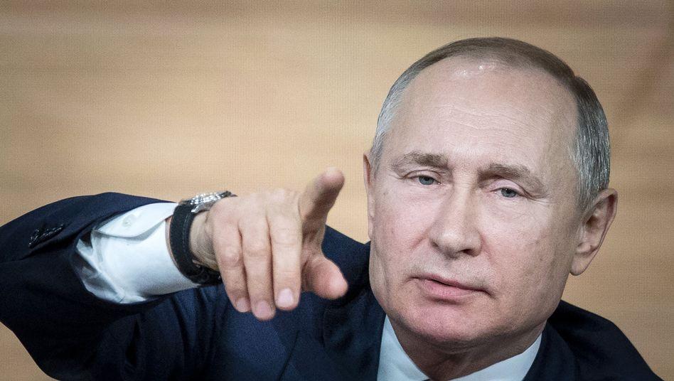 Wladimir Putin: Der Konflikt zwischen Russland und Saudi-Arabien hatte den Absturz der Ölpreise zuletzt beschleunigt. Nun scheint auch Russland vor dem Opec-Treffen bereit, die Fördermengen zu senken