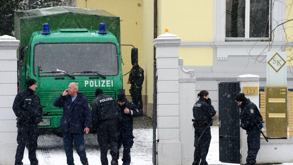 Polizei bei S&K in Frankfurt: Der Anlageskandal könnte Bewegung in die Finanzmarktregulierung bringen