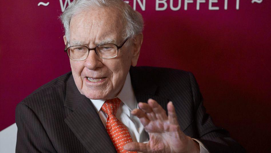 Warren Buffett (Archivbild von der Berkshire-Hathaway-Hauptversammlung im Mai 2019)