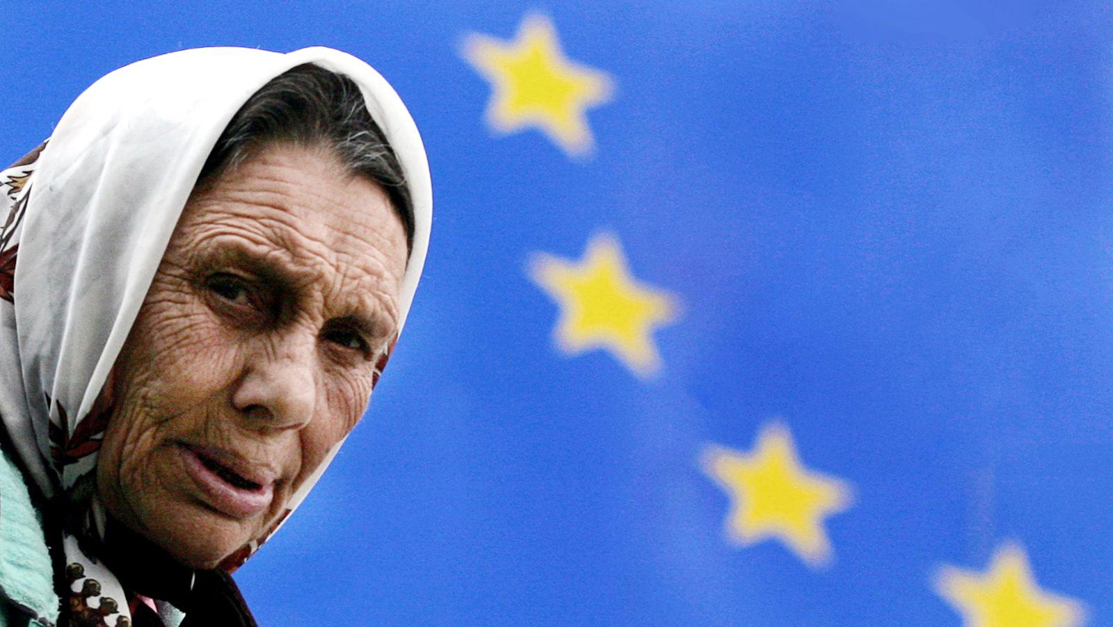 Konjunktur / Armut / Bulgarien / Europa / EU Fahne