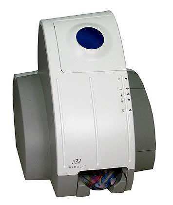 """Rimage 360i: Multifunktionsbrenner/-drucker für den Schreibtisch. Der """"Ei-Pott"""" brennt CD und DVD aller Formate und bedruckt sie auch gleich"""