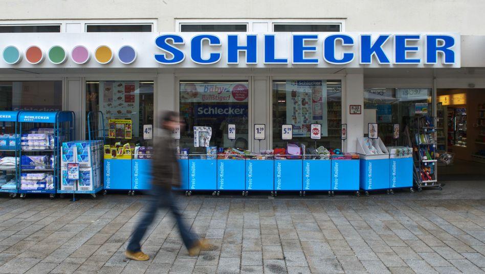 Die Drogeriemarktkette Schlecker ging 2012 pleite. Der Familie Schlecker wird Insolvenzverschleppung vorgeworfen