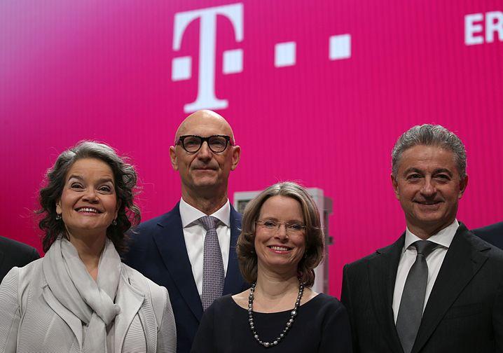 Spoiler: Diverser als die Deutsche Telekom ist keines der untersuchten Unternehmen aufgestellt - im Bild ein Teil des Vorstands