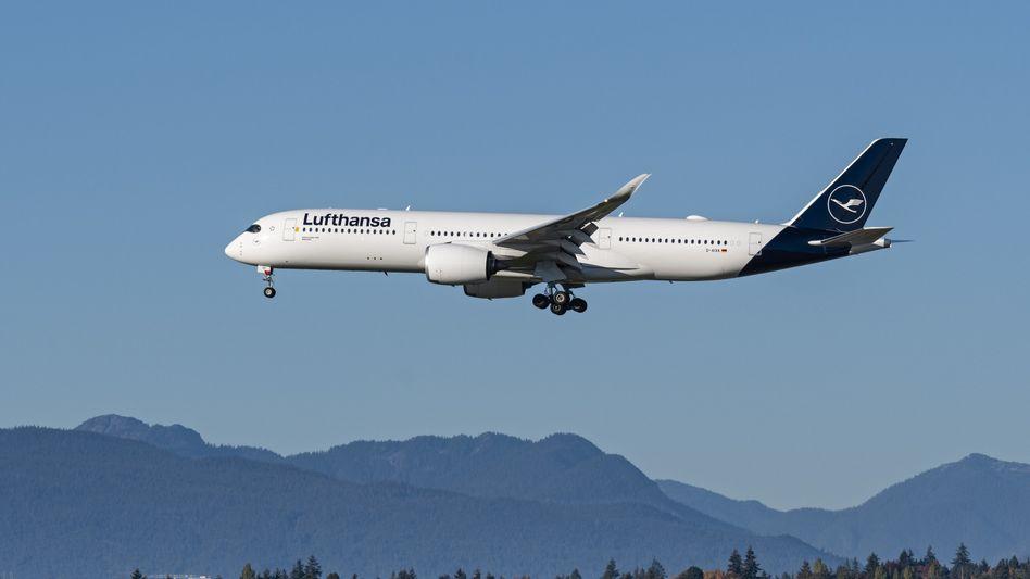 Airbus A350 von Lufthansa: Fünf Maschinen dieses Typs kauft das Unternehmen, zudem fünf Boeings
