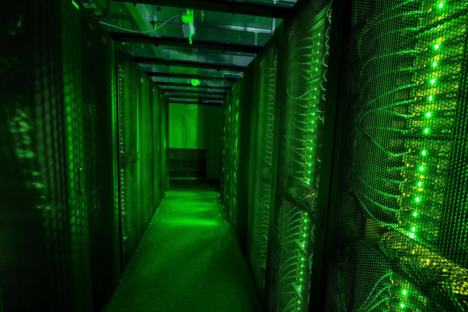 Server / Blockchain