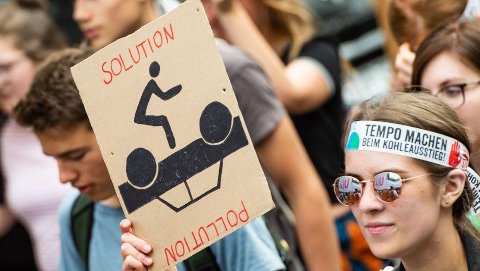 """""""Kahlschlag in der Industrie und Gefährdung des gesellschaftlichen Wohlstands"""" : Genau das befürchtet die Gewerkschaft IG BCE, sollten die Forderungen der Bewegung Fridays for Future im Detail umgesetzt werden"""