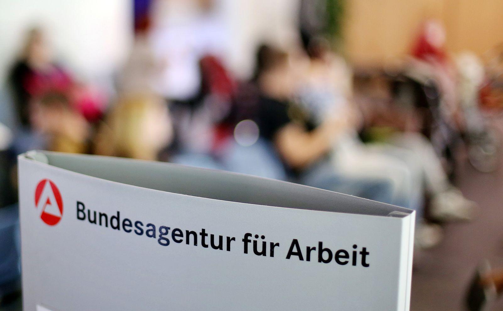 Arbeitslosigkeit / Arbeitslos / Bundesagentur für Arbeit / Arbeitsmarkt