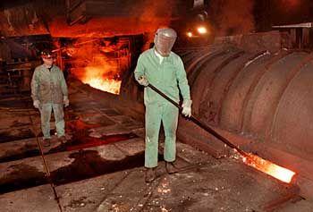 Stahlherstellung im Hochofen: Auf breiter Front nahezu explodiert