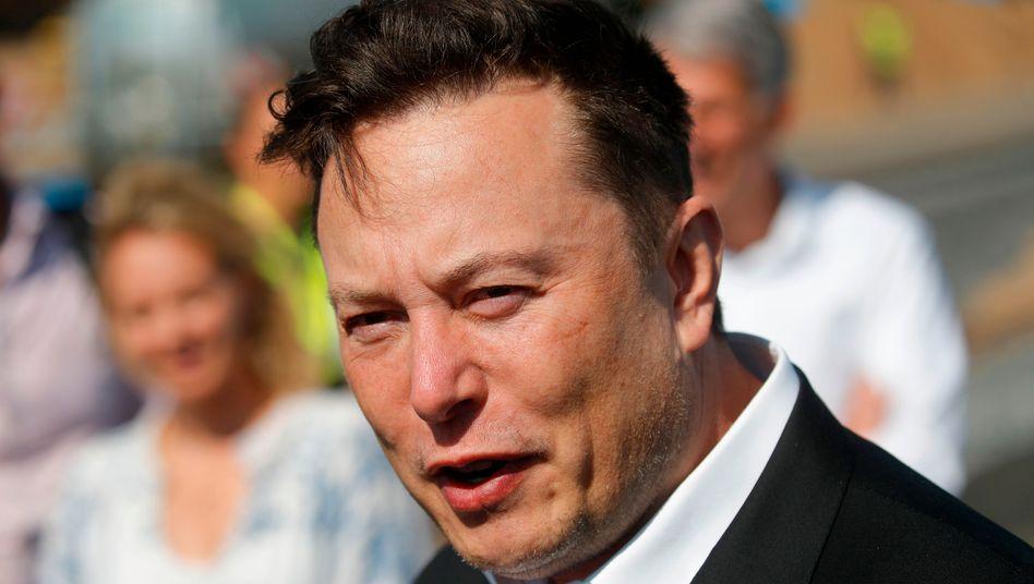 Elon Musk: Der Tesla-Chef weiß, wie man im Gespräch bleibt. Derzeit entzückt er mit seinen Tweets die wachsende Zahl von Bitcoin-Fans
