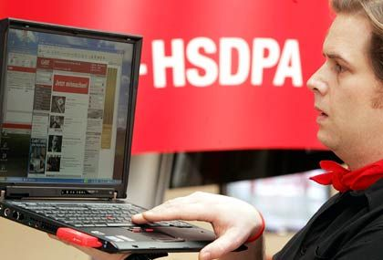 Fünfmal schneller als UMTS: HSDPA auf der Cebit