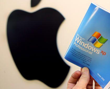 Umstieg: Wer sich nicht ganz von Windows trennen möchte, kann das Betriebssystem XP auch auf einen Mac unterbringen