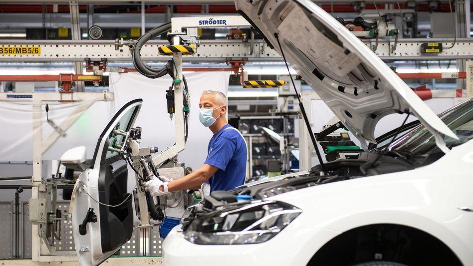 Stammwerk Wolfsburg: Volkswagen fährt auf Sicht und fährt Werk teilweise wieder runter