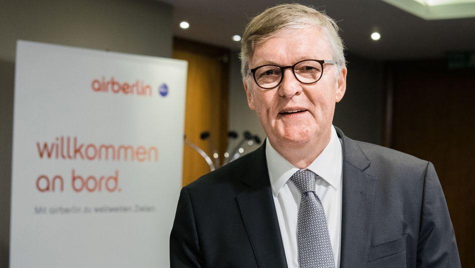 Er bleibt an Bord: Der letzte Chef von Air Berlin, Thomas Winkelmann, muss seinen mit 4,5 Millionen Euro dotierten Vierjahresvertrag bei der gescheiterten Airline erfüllen. Der Ex-Vorstandschef soll dabei helfen, Geld einzutreiben.