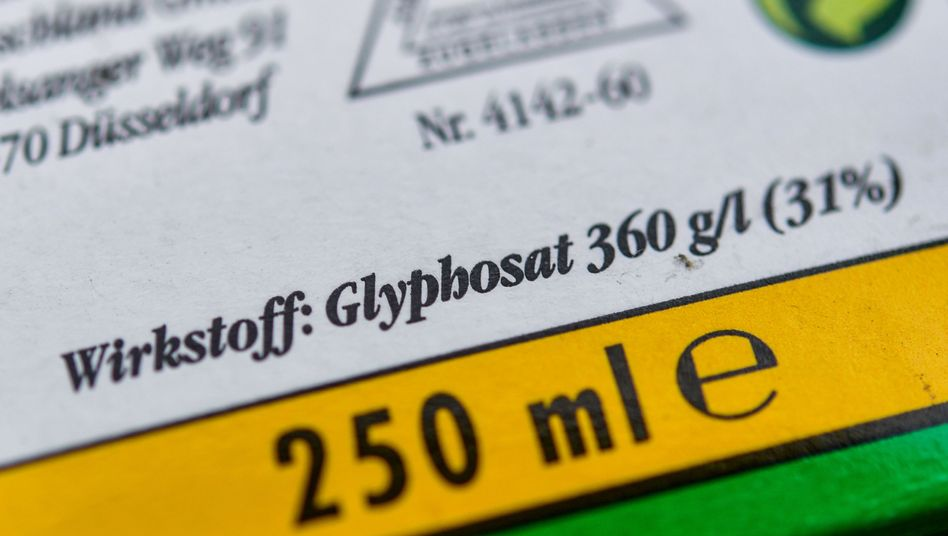 Verpackung eines Unkrautvernichtungsmittel, das den Wirkstoff Glyphosat enthält