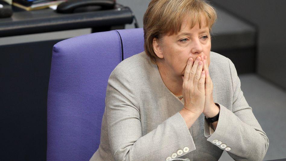 Aber wehe, wehe, wehe ...: Bundeskanzlerin Angela Merkel (CDU) sollte nach Ansicht von Ökonomen realistischer in die Zukunft blicken
