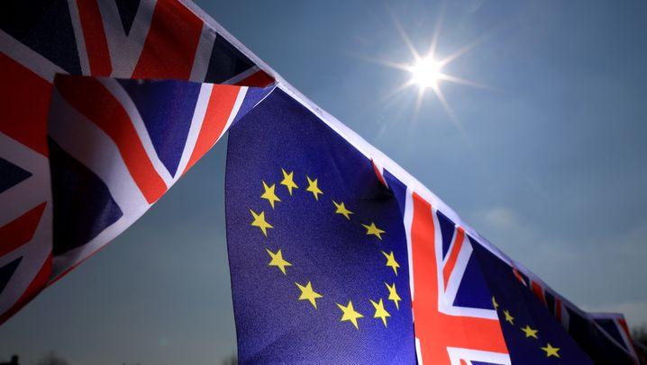 Abschiede aus der EU: Brexit, Fraurevoir, Italight - so zerfällt Europa