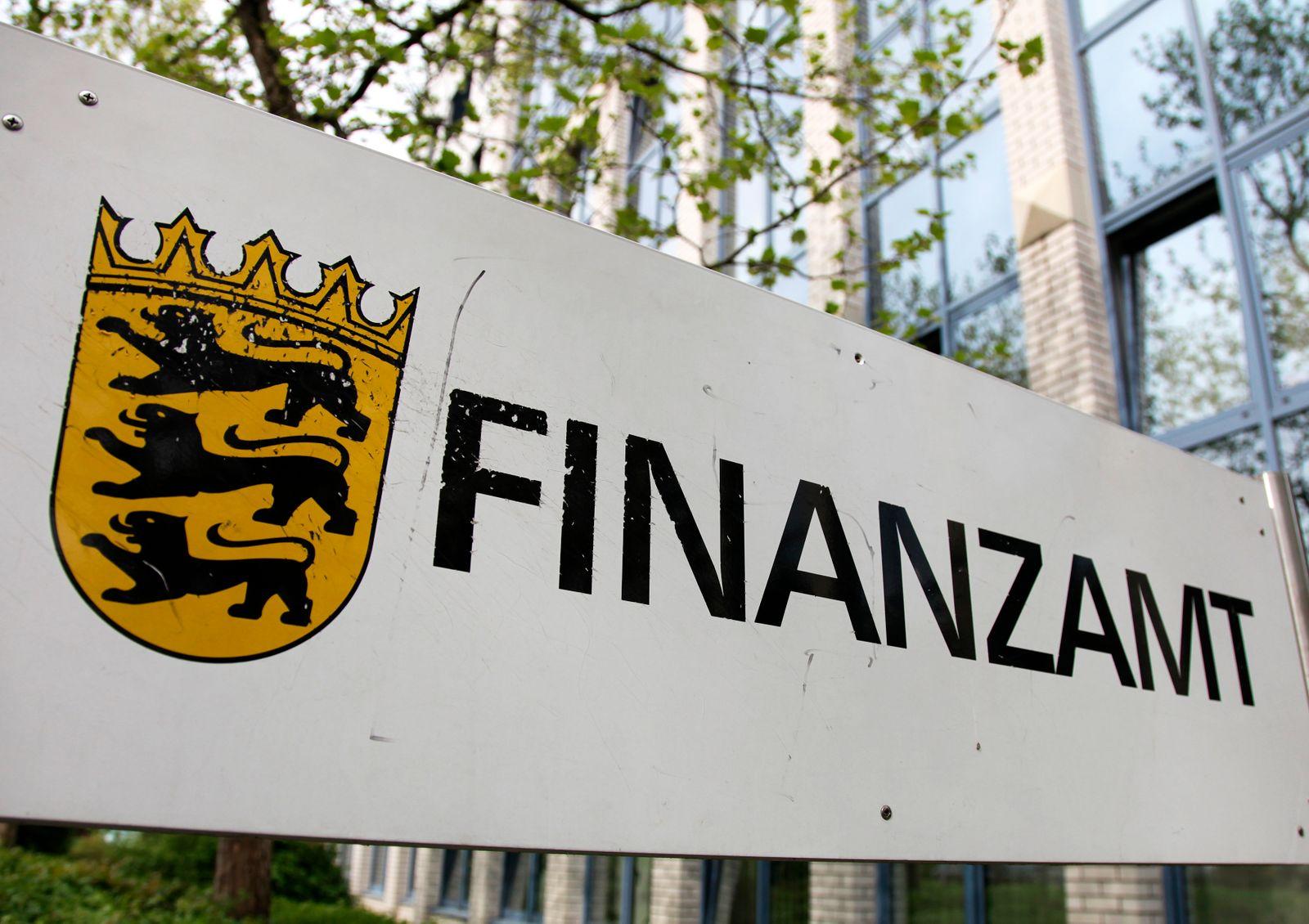 Finanzamt / Selbstanzeige / Heidelberg