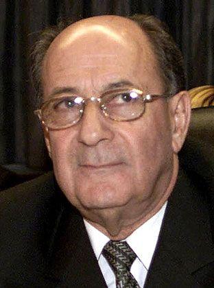 Alvaro Silva Calderon eifert seinem Vorgänger nach