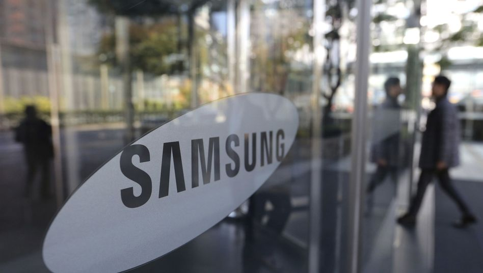 Samsung Electronics: Ein Gericht hat bereits einen zweiten Top-Manager des Elektronikkonzerns und weltgrößten Handyherstellers zu einer Haftstrafe verurteilt. Die Richter werfen dem Management vor, Gewerkschaftsarbeit bei Zulieferern massiv behindert zu haben.