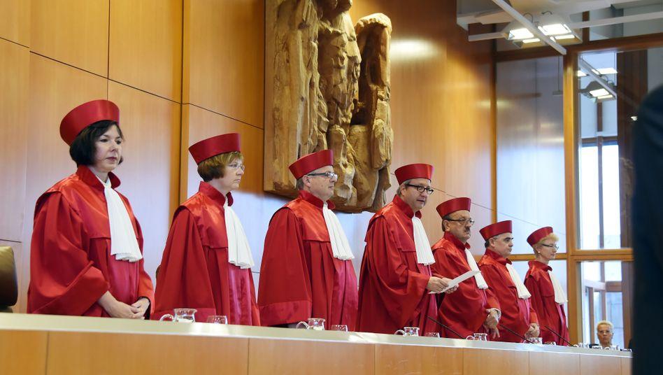 Verfassungsrichter in Karlsruhe: Entscheidung über Rüstungsdeals