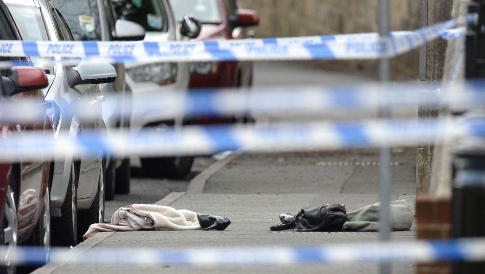 Tatort abgesperrt: Die britische Labour-Abgeordnete Jo Cox erlag nach einem Angriff in ihrem Wahlkreis ihren Verletzungen.