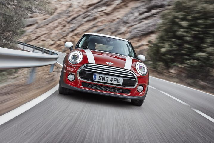 Mini: Den Kleinwagen gibt es in zahlreichen Karosserievarianten - vom Cabrio bis hin zum Pseudo-Geländegänger