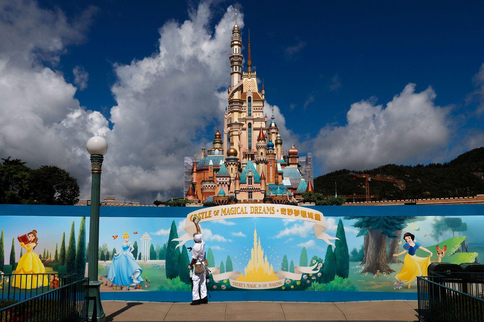 Coronavirus - Disneyland Hongkong