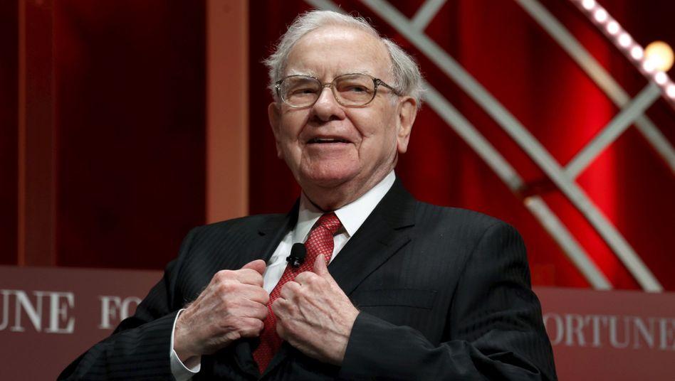 Findet Gefallen an Lanxess: US-Star-Investor Warren Buffett