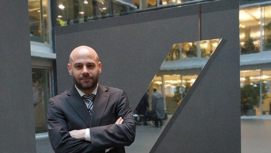 Das war es dann: Philipp Wanke in der Empfangshalle seines ehemaligen Arbeitgebers, der Deutschen Bank