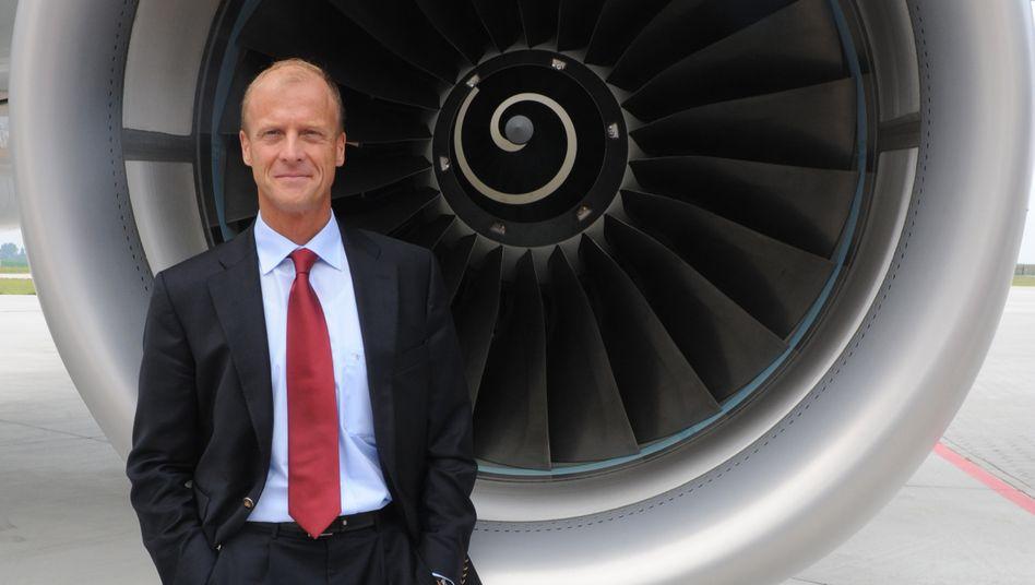 Herausforderung bleibt der neue Großraumjet A350, sagt Vorstandschef Tom Enders. Das Flugzeug soll gegen Jahresende erstmals an die Kunden ausgeliefert werden