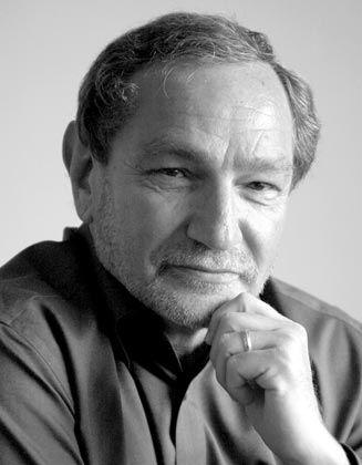 """George Friedman ist Gründer und Leiter des privaten Informationsdienstes Stratfor. Er hat zahlreiche Bücher und Artikel zu den Themen Sicherheitspolitik, Nachrichtenwesen und Technologie veröffentlicht. Zuletzt erschien vom ihm """"Die nächsten 100 Jahre"""" (Campus Verlag, 22,90 Euro)."""