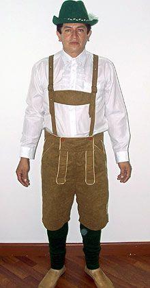 Gut gepanzert: Ein Kolumbianer trägt eine Lederhose, Hosenträger, einen Hut ... und dazu ein schusssicheres Hemd, das einem Kaliber bis zu zwölf Millimetern standhalten soll