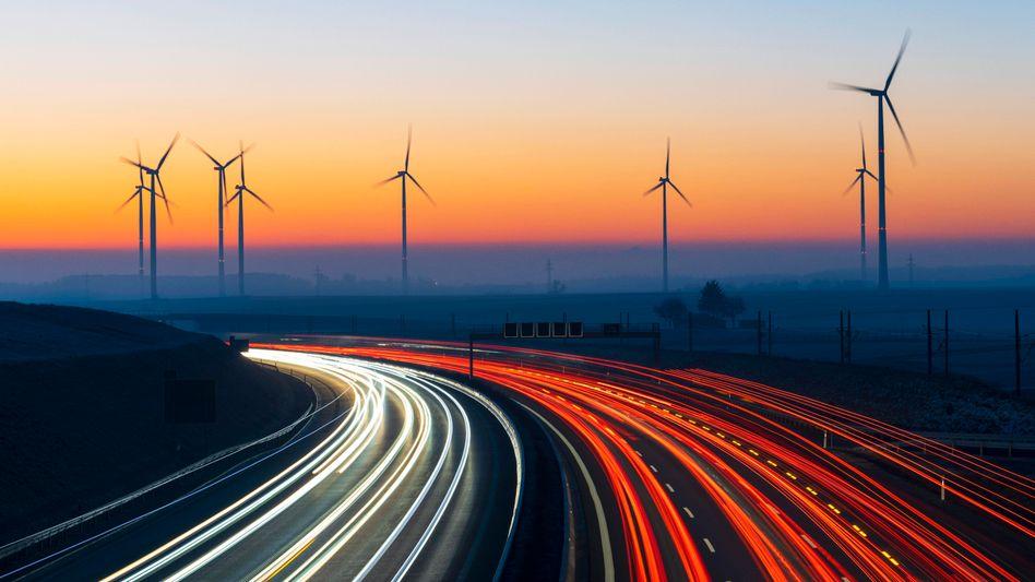 Windpark an der A8: Auf dem Weg zur Mobilitätswende gilt es noch viele Probleme zu umkurven