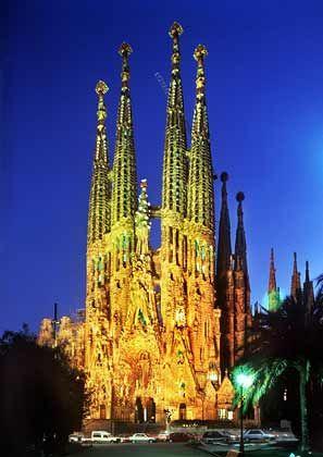 Sagrada Familia in Barcelona:Spanien und Portugal rangieren mit deutlich günstigeren Lohnstückkosten als Deutschland im Mittelfeld der EU-Standorteliga