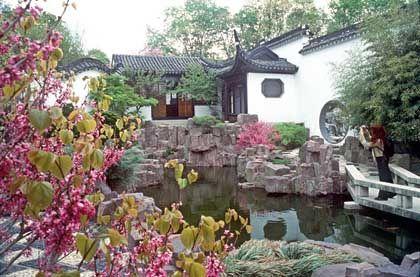 Ein Ort der Ruhe und Entspannung: Im Chinesischen Gelehrtengarten des Snug Harbor Cultural Center auf Staten Island können vom Großstadtstress geplagte Touristen rasch abschalten