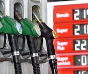 Die Benzinpreise verärgern Autofahrer und Wähler