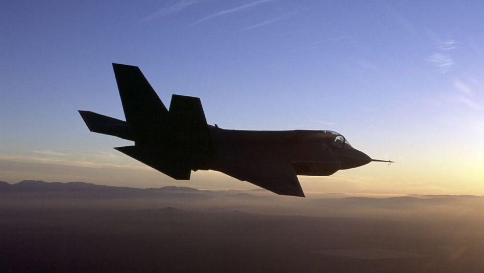 Kampfjet von Lockheed Martin: Hacker versuchten in das Datennetz des Rüstungsriesen einzudringen - laut Lockheed ohne Erfolg