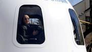 Jeff Bezos lädt seinen Bruder zu Weltraumflug ein