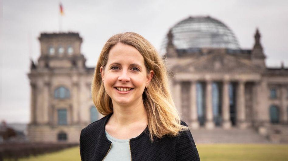 Neuer Arbeitsplatz: Künftig wird Verena Hubertz (33) im Deutschen Bundestag sitzen.