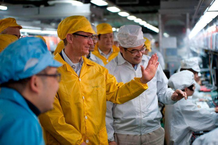 Apple-Chef Tim Cook besucht die Foxconn-Produktion in Zhengzhou