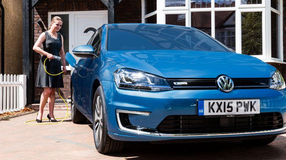 E-Golf: Große Auswahl an Elektroautos hat Volkswagen noch nicht. Das soll sich bis 2020 entscheidend ändern. Allein die Kernmarke VW will 20 neue Elektroauto-Modelle auf den Markt bringen