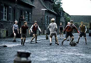 Ruhrpottkick: Fußball zwischen Schloten und Zechen