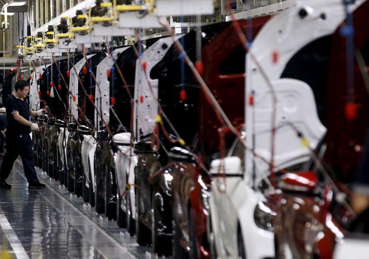 ... Beijing Benz Automotive einen Anteil von 75 Prozent an. Daimlers verfolgt damit ein Ziel in politisch schwierigen Zeiten.