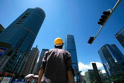 Baubranche: Die Kräne drehen sich anderswo