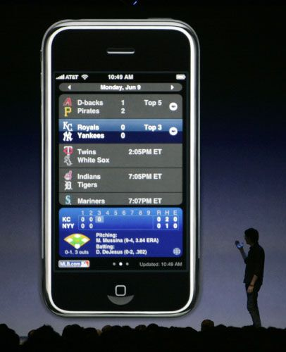 """""""Das Telefon bist jetzt Du"""": Apples iPhone gehört zu den neuesten Handy-Entwicklungen"""