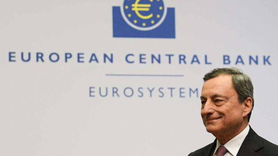 """EZB-Chef Mario Draghi: """"Bereit zu handeln bei ungünstigeren Bedingungen"""""""