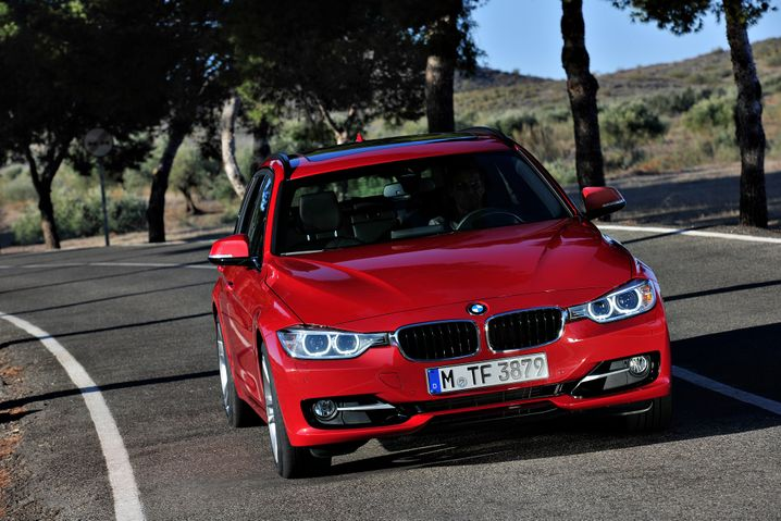 BMW 3er: Der Mittelklasse-Bayer hält sich solide in den Top 10