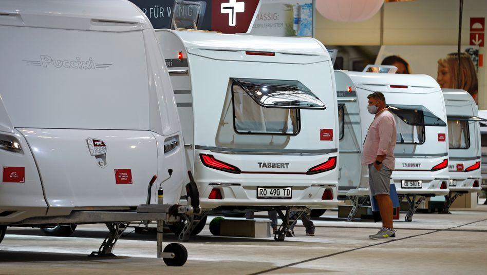 """Wohnwagen von Knaus Tabbert auf der Düsseldorfer Messe """"Caravan Salon"""" am 4. September"""