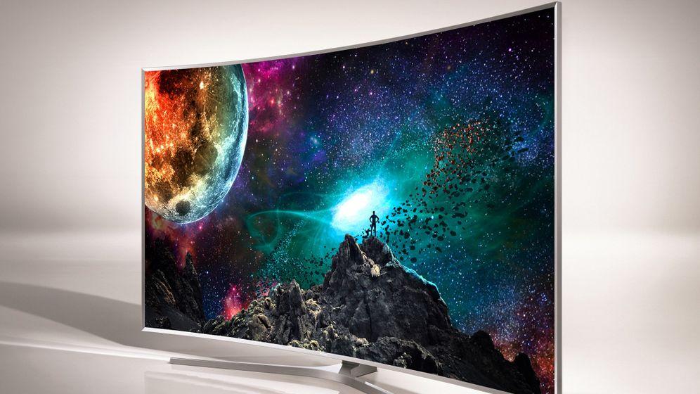 CES-Fernseher: Krumm, aber scharf