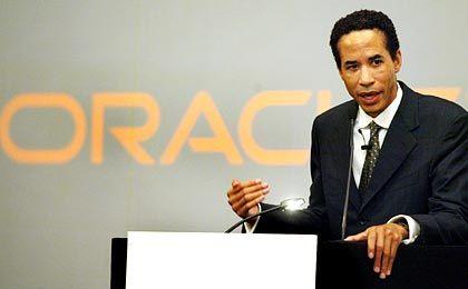 Charles E. Phillips: Der Präsident und Chefstratege des Softwareherstellers Oracle ist der zweitmächtigste Mann im Konzern hinter Larry Ellison. Das Vorhaben Kerrys, den Technologievorsprung der USA auszubauen, dürfte auch in seinem Interesse sein.